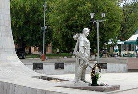 Монументы Победы